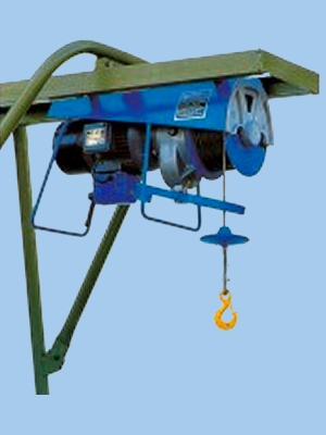 Builders Gantry Hoist 110v 300kg | London Tool & Lift Hire